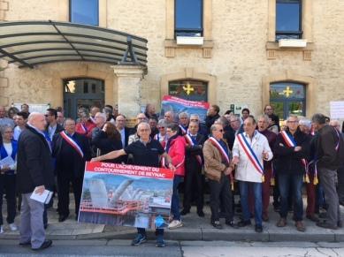 Elus devant la Mairie de Saint Cyprien pour interpeller Jean Michel Blanquer, le 12 mai
